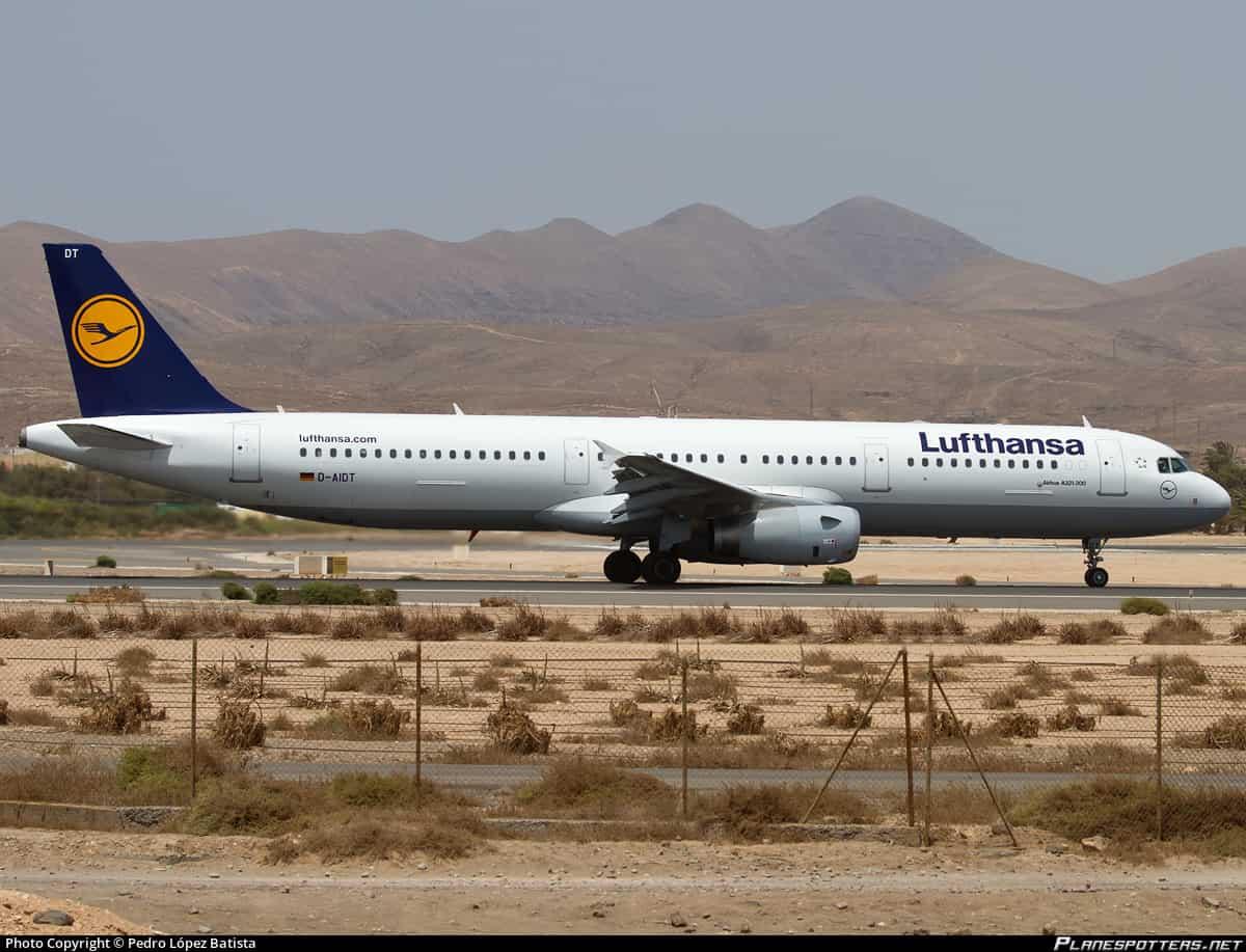 Lufthansa canarias